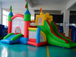 Castillo hinchable Multi Diver Fortaleza