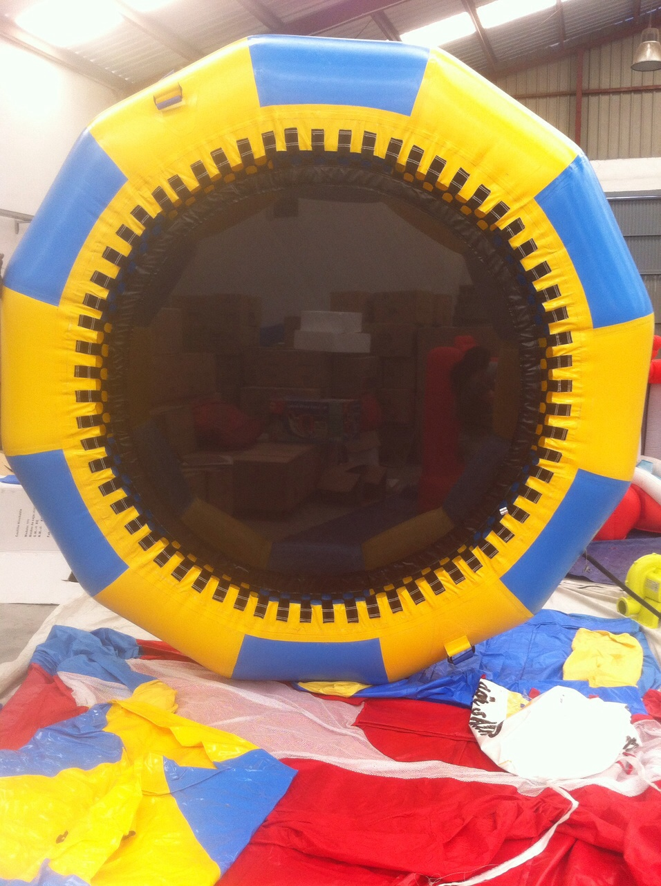 Cama elástica acuática 4 metros de diámetro