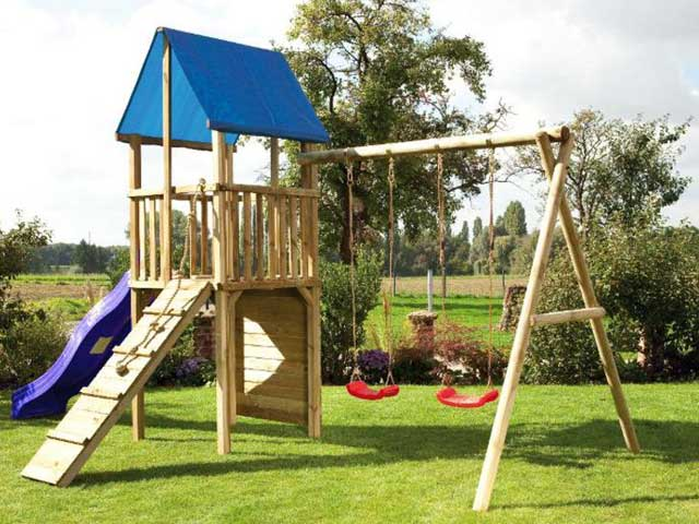 Parque infantil de exterior en madera tratada castillos for Parque infantil jardin